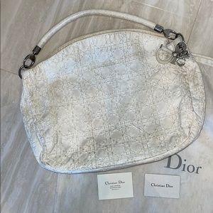 Authentic DIOR white woven leather bag 🤍